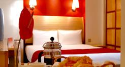 http://www.southwaleslinksgolf.com/wp-content/uploads/2011/10/Dragon-Hotel.jpg