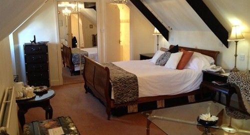 Great-House-Laleston-Bedroom
